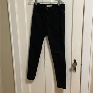 """Black 9"""" rise Madewell jeans"""